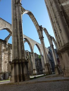 Lisbon Travel Tips + Guide Lisbon is a European gem with beaches, great seafood, fun nightlife, cool day trips, and is very affordable. Check out our Lisbon travel tips and guide! Europe Travel Tips, Us Travel, Top Site, Lisbon Portugal, Brooklyn Bridge, Day Trips, Night Life, Beaches, Gem