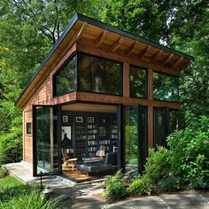 33 Gorgeous Tiny House Interior Design And Decor Ideas - New ideas Tiny House Cabin, Tiny House Plans, Tiny House Design, Modern Tiny House, Small Modern Cabin, Tiny House Kits, Wood House Design, Modern Wooden House, Eco Cabin