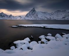 I know not everyone likes dark winter days, but I find this twilight soothing and mysterious. In Reine, Norway [OC] : EarthPorn Dark Winter, Winter Day, Cool Landscapes, Beautiful Landscapes, Beautiful Sky, Beautiful Scenery, Beautiful Places, Outdoor Photography, Nature Photography
