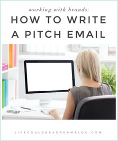 Bloggers who want to work with brands should know what should go into writing a pitch email. #blogging #business