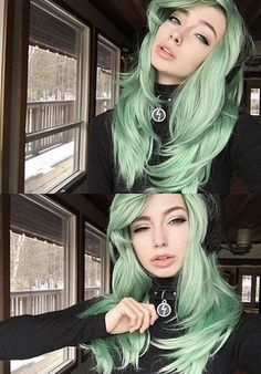 """✨We just LOVE @sarahmariekardax in our #Hologram22"""" Collection in #DarkMintMix!!! Check out our #HologramCollection today!! www.ROCKSTARWIGS.com ."""