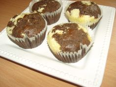 Túrós csokis muffin - Csokis sütemény Diabetic Recipes, Diet Recipes, Healthy Recipes, Muffin, Meals, Cooking, Breakfast, Cupcake, Foods