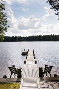 Lake Dock, Boat Dock, Lake Cottage, Cozy Cottage, Lake Landscaping, Summer Cabins, Lakeside Living, Douro, Lakefront Homes