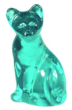 Turquoise Fenton Art Glass cat - Love these! They always made me hungry as a kid - they look like gummies! Fenton Glassware, Vintage Glassware, Verde Tiffany, Shades Of Turquoise, Turquoise Glass, Turquoise Color, Pierre Turquoise, Glass Figurines, Glass Animals