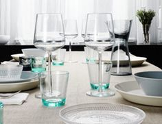 Dining with Essence, kartio and teema, pure and simple style from Iittala. Table Setting Inspiration, Design Inspiration, Design Ideas, Marimekko, All Modern, Modern Furniture, Table Settings, Dining, Tableware
