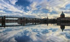 Toulouse ☁Clouds Reflection⛅ Shot w/ & Toulouse, France, New York Skyline, Reflection, Shots, Clouds, Instagram Posts, Travel, Viajes