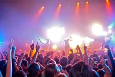 How to ensure safety when watching a live concert Very Excited, Safety Tips, Sailors, Music Lovers, Fun Activities, First Love, It Hurts, Singer, Sky