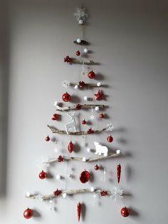 MON SAPIN DE PROVENCE Book Christmas Tree, Creative Christmas Trees, Handmade Christmas Decorations, Primitive Christmas, Rustic Christmas, Xmas Tree, Christmas Holidays, Christmas Crafts, Christmas Ornaments