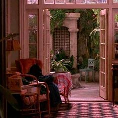 "Have always loved the apartment in that film and someone posted a pic! Apartment in the film 'Green Card', directed by Peter Weir, photo from ""Andie MacDowell's apartment (& greenhouse!) from 'Green Card'"" by Julia, Hooked on Houses, 07 November 2011 Porches, What Is A Conservatory, Conservatory Interiors, Victorian Conservatory, Indoor Garden, Home And Garden, Balcony Garden, Outdoor Spaces, Outdoor Living"