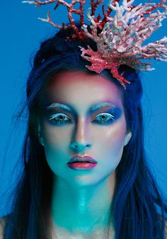 makeup artistico – Hair and beauty tips, tricks and tutorials Mermaid Makeup, Mermaid Hair, Fairy Makeup, Merman Costume, Fish Costume, Mermaid Parade, Underwater Theme, Foto Fashion, High Fashion