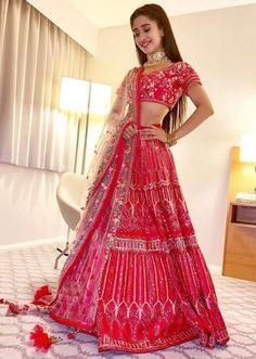 still looking at lehenga. Shivangi Joshi in Kalki rani pink mirror embroidered lehenga set. Designer Bridal Lehenga, Indian Bridal Lehenga, Red Lehenga, Indian Bridal Fashion, Indian Wedding Outfits, Bridal Outfits, Indian Outfits, Lengha Choli, Ethnic Outfits