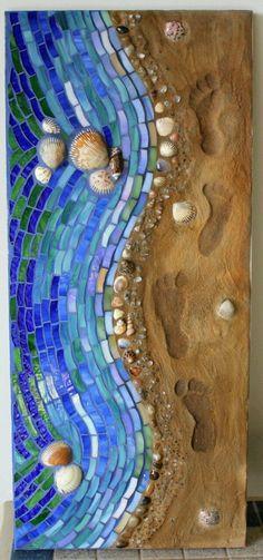 Mosaic Mixed Media Glass Shoreline Footsteps in Sand Mosaik Mischtechnik Glas Shoreline-Spuren im Sand The post Mosaic Mixed Media Glass Shoreline Footsteps in Sand appeared first on Glas ideen. Mosaic Glass, Mosaic Tiles, Stained Glass, Glass Art, Mosaic Mirrors, Sea Glass, Mosaic Windows, Mosaic Crafts, Mosaic Projects