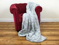 Frontansicht von Plaid Lamm in Platin Grey Blanket, Bed, Design, Fluffy Rug, Lamb, Home Accessories, Nice Asses, Blankets, Shag Rug
