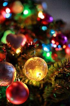 ornaments. Noel Christmas, Merry Little Christmas, All Things Christmas, Winter Christmas, Christmas Lights, Vintage Christmas, Christmas Decorations, Christmas Ornaments, Christmas Crafts