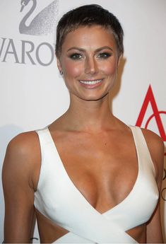 All sizes | stacy-keibler-17th-annual-accessories-council-excellence-awards-adds-4 | Flickr - Photo Sharing! Super Short Pixie, Short Sassy Hair, Short Hair Cuts, Pixie Styles, Short Styles, Long Hair Styles, Short Pixie Haircuts, Pixie Hairstyles, Shaved Hair Designs