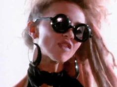 Stacey Q's official music video for 'Two Of Hearts'    Stacey Q is an American pop singer, dancer and actress. Best known for this 1986 hit single, 'Two Of Hearts'.     Share this video on Facebook:  http://www .facebook.com/sharer/sharer.php?u=http://youtu.be/lfBdGT4dn4E     http://www.stacey-q.com/  http://www.facebook.com/pages/Stacey-Q/161474953863693