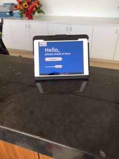 Gadgets And Gizmos, Kiosk, Flat Screen, Blood Plasma, Flatscreen, Dish Display