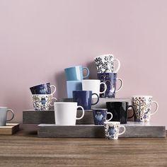 Coffee mugs by Iittala.
