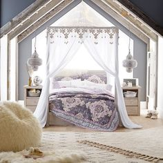 Bedroom Ideas super makeover - From comfy to clever decor inspirations. Created at boho bedroom ideas modern, presented on 20190425 Dream Bedroom, Girls Bedroom, Bedroom Decor, Modern Bedroom, Bedroom Ideas, Canopy Bedroom, Bedroom In Attic, Teen Canopy Bed, Boho Teen Bedroom