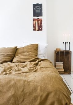 Stonewashed linen duvet cover in curry from www.bodieandfou.com Photography: Francois Kong | Styling Karine kong - www.insterior.com