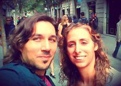 Aprovechando que deja de llover y se despeja un poco, salimos a grabar vídeos para nuestro blog, seguimos disfrutando y #enfoca2 en el objetivo Barcelona.