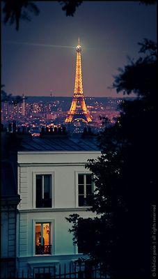 Nighttime in Paris #Paris #WorldBeautifulPlaces
