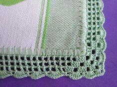Eleneci Castelo Martins's 387 media content and analytics Filet Crochet, Easy Crochet, Crochet Squares, Chrochet, No Frills, Diy And Crafts, Crocheting, Crochet Dishcloths, Crochet Organizer