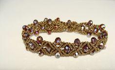 Bracciale Shine marrone oro antico con perle di di AlNairCreations