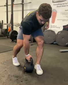 Ab Core Workout, Abs Workout Video, Abs Workout Routines, Gym Workout For Beginners, Gym Workout Tips, Dumbbell Workout, Fun Workouts, Kettlebell Hiit, Kettlebell Training