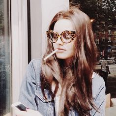 Cheap Ray Ban Sunglasses Sale, Ray Ban Outlet Online Store : - Lens Types Frame Types Collections Shop By Model Look Fashion, Runway Fashion, Fashion Design, Fashion Tips, Fashion 2015, Fashion Weeks, Fashion Photo, Ray Ban Sunglasses Sale, Sunglasses Women