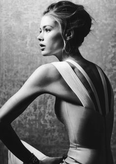 Studio modeling portrait. Great use of source lighting with shadows. black and white, fashion photography.   Doutzen Kroes in Vogue US April 2013.