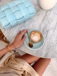 Brunch & Cake Coffee Dubai Vacation, Dubai Trip, Dubai Travel, Brunch Cake, Leonie Hanne, Espresso Shot, Coffee Photography, Coffee Is Life, Blended Coffee