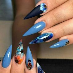 Both long nails and short nails can be fashionable and beautiful by artists. Short coffin nail art designs are something you must choose to try. They are one of the most popular nail art designs. Blue Stiletto Nails, Blue Nails, Stiletto Nail Designs, Hair And Nails, My Nails, Long Nails, Nails Inc, Best Nail Art Designs, Crazy Nail Designs