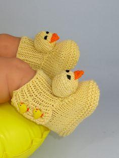 Knitting Pattern -Baby Chick Booties (Boots) knitting pattern- MADMONKEYKNITS. $3.95, via Etsy.