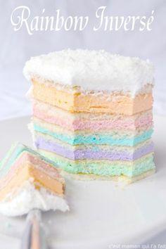 Le rainbow cake ou gâteau arc en ciel peut être si facile et toujours aussi impressionnant. Si vous avez toujours voulu faire un rainbow cake, mais que l'idée même de cuire des fournées interminables de génoises (dont la couleurs finale n'est