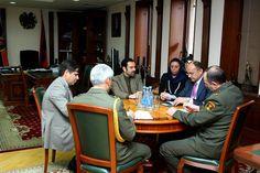 El ministro de Defensa armenio Seyran Ohanyan se reunió con el embajador recién nombrado de Irán en Armenia Seyed Kazem Sajjad.