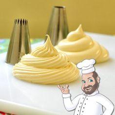 Ingredientes: 1 lata de leite condensado gelado 1 lata de creme de leite gelado 10 colheres (sopa) de leite em pó 1 colher (sopa) cheia de emulsificante para sorvete 1 xícara de suco concentrado de maracujá  Modo de Preparo: Bata todos os ingredientes na batedeira por 5 minutos ou até que ele fique na consistência para decorar com bicos.