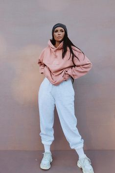 46 Fashion Teenage To Look Fashionable And Cool – Trendy Fashion Ideas Cute Comfy Outfits, Chill Outfits, Sporty Outfits, Swag Outfits, Mode Outfits, Stylish Outfits, Fashion Outfits, Woman Outfits, Fashion Clothes