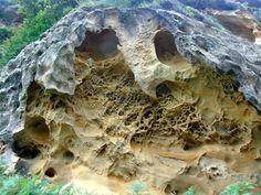 Tesoros ocultos de Jaizkibel. Lo mejor de lo mejor. - Donosti City Heat Damage, Basque Country, Geology, Archaeology, Surf, Travel, Gaia, Buildings, Texture