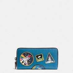 ACCORDION ZIP WALLET IN NATURAL PEBBLE LEATHER WITH SPACE PATCHES