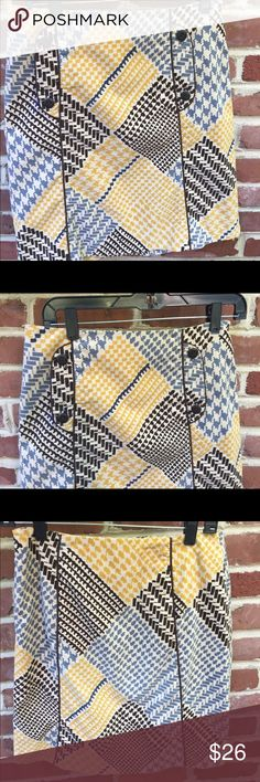 """Maeve Anthropologie Houndstooth Collage Skirt Two front pockets. Side zip. Lined. Cotton spandex blend.  19"""" long. Like new. Anthropologie Skirts Pencil"""