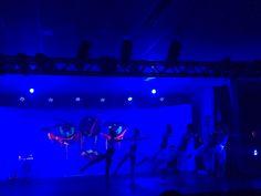 Sábado dia de teatro, este dança contemporânea cultural em Balneário por artistas da cidade mesmo :)