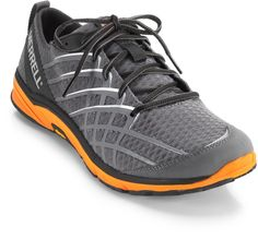 Merrell Bare Access 2 road-running shoes boast an even, flat layer of cushioning for runners heading out on longer runs. #REIGifts