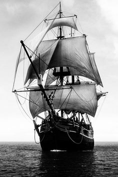 △ Black and White △ Tattoo Barco, Pirate Ship Tattoos, Hms Bounty, Bateau Pirate, Old Sailing Ships, Ship Drawing, Ship Paintings, Ghost Ship, Tall Ships