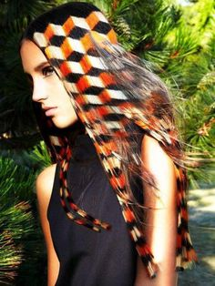 Hair Trend of the Day : #1 Bold cemetric patterns formed out of various coloured chunks. Even if it is only profile, for a trendy yet edgy look try something creative and bold. Something that will make people say wow.