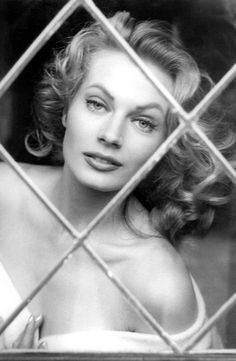What a mesmerizing face! Anita Ekberg could have her way all right...