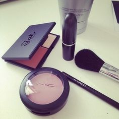mac makeup! i want some mac makeup but its SO expensive!! 1 eyeshadow is 20$!