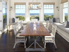 Dining space with wrap around ocean view... Coastal, Beach and Nautical Decor Ideas: Window Seats -Design Ideas for Sea Dreamers