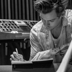 """thestylesdaily: """"@DawBell: @Harry_Styles recording his debut solo album in #Jamaica. Oh, and it's OUT NOW @CalAurand """""""