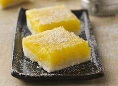 A buttery, crumbly Bisquick® Gluten Free mix shortbread base is topped with a luscious, tangy-sweet lemon filling in this light and refreshing dessert bar.